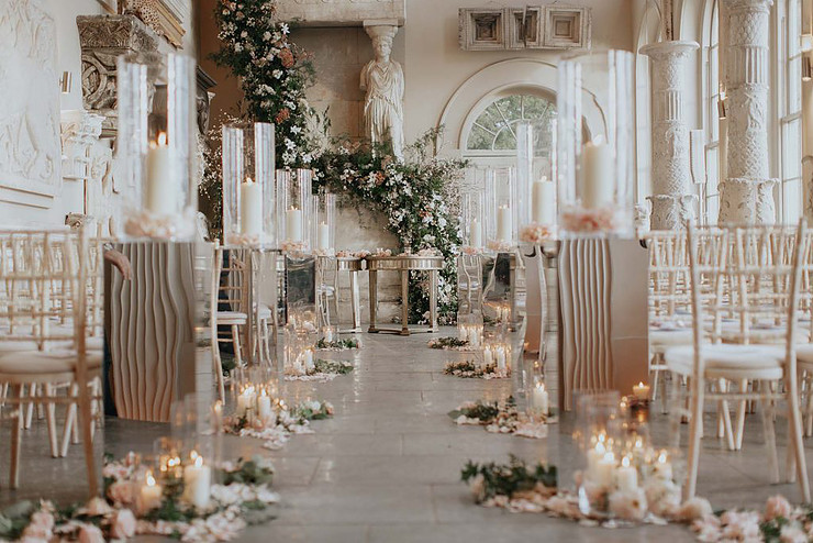 Wedding Ceremony: Luxurious Ways to Decorate your Aisle