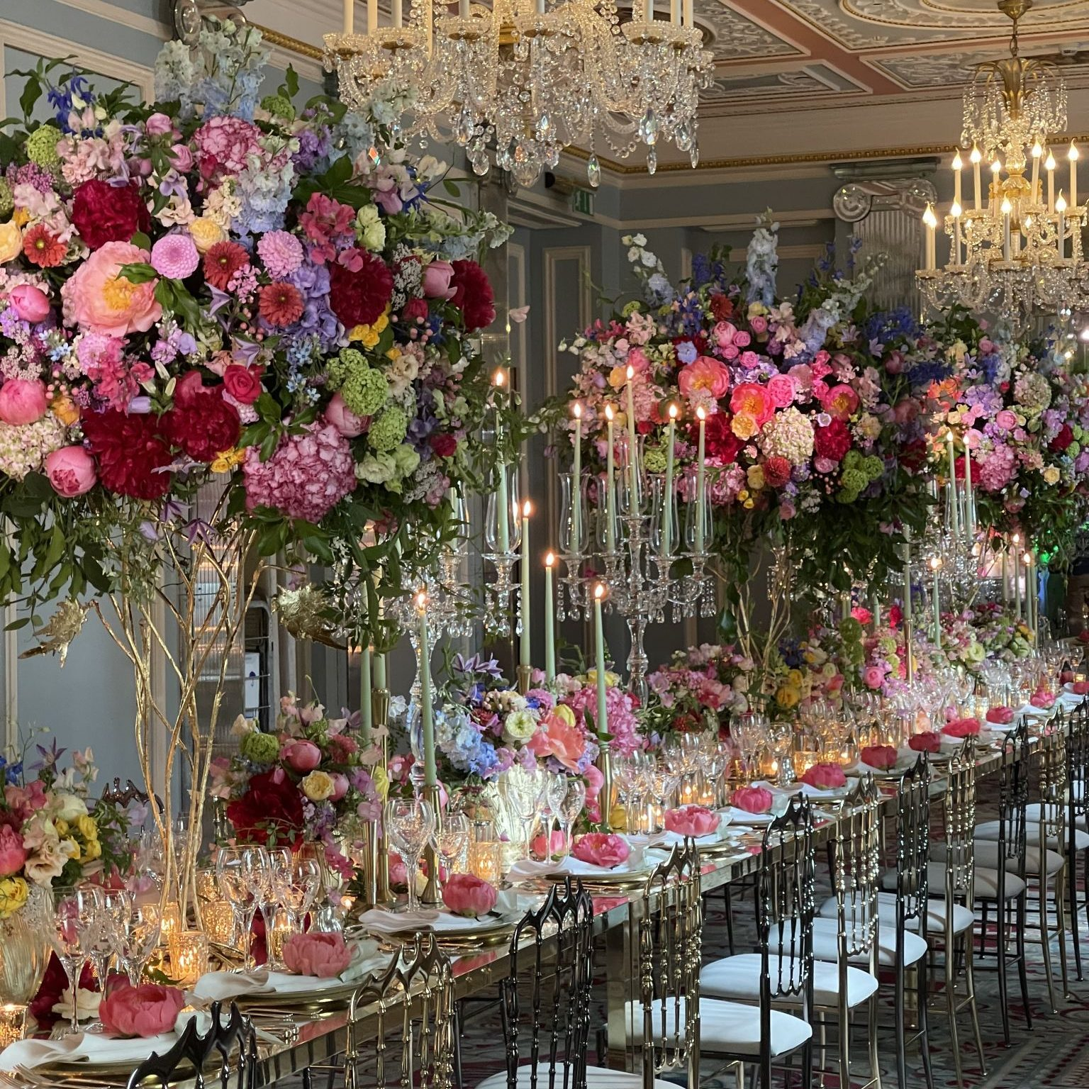 Luxury Wedding at the Natural History Museum & The Lanesborough